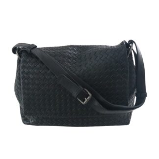 women leather purse and bag